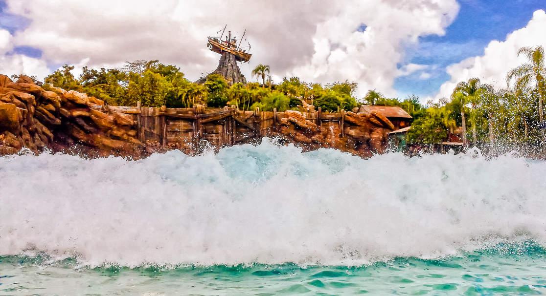 La gran ola de Disney's Typhoon Lagoon en Walt Disney World